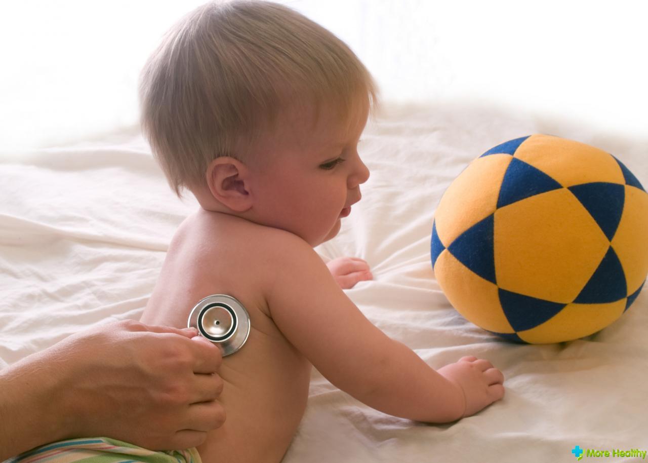 Причины и лечение кашля у грудничка без температуры