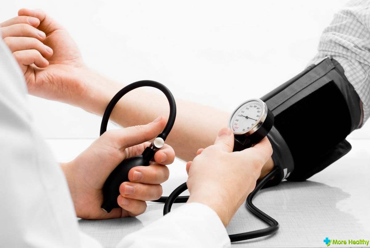 Как снизить давление в домашних условиях - Лечение народными средствами 43