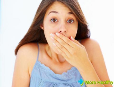 причины дурного запаха изо рта