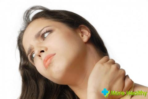 Если боль проявляется и без пальпации, то это говорит о запущенности воспалитель