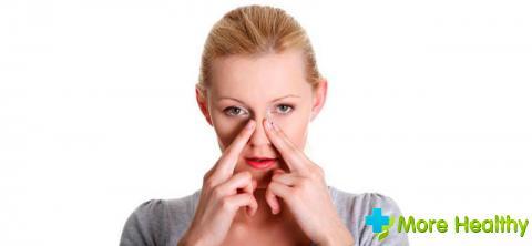Как у всех антибиотиков у спреев имеется ряд побочных действий
