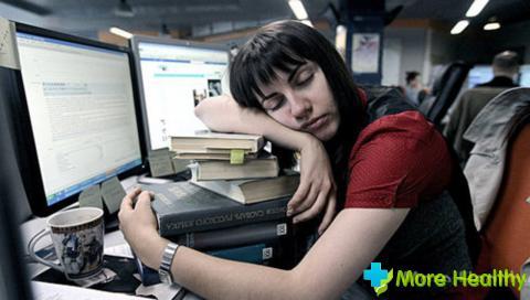 Выделяют несколько нарушений сна: инсомния характеризуется недостаточной продолж