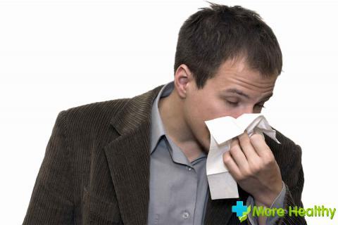 Препараты-муколитики в форме спреев в нос используются для разжижения слишком вя