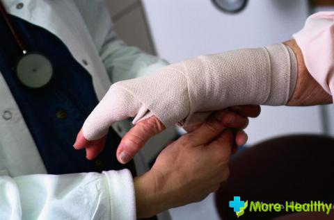 Как и чем обработать рану?
